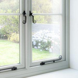 Flush sash window handles and stays