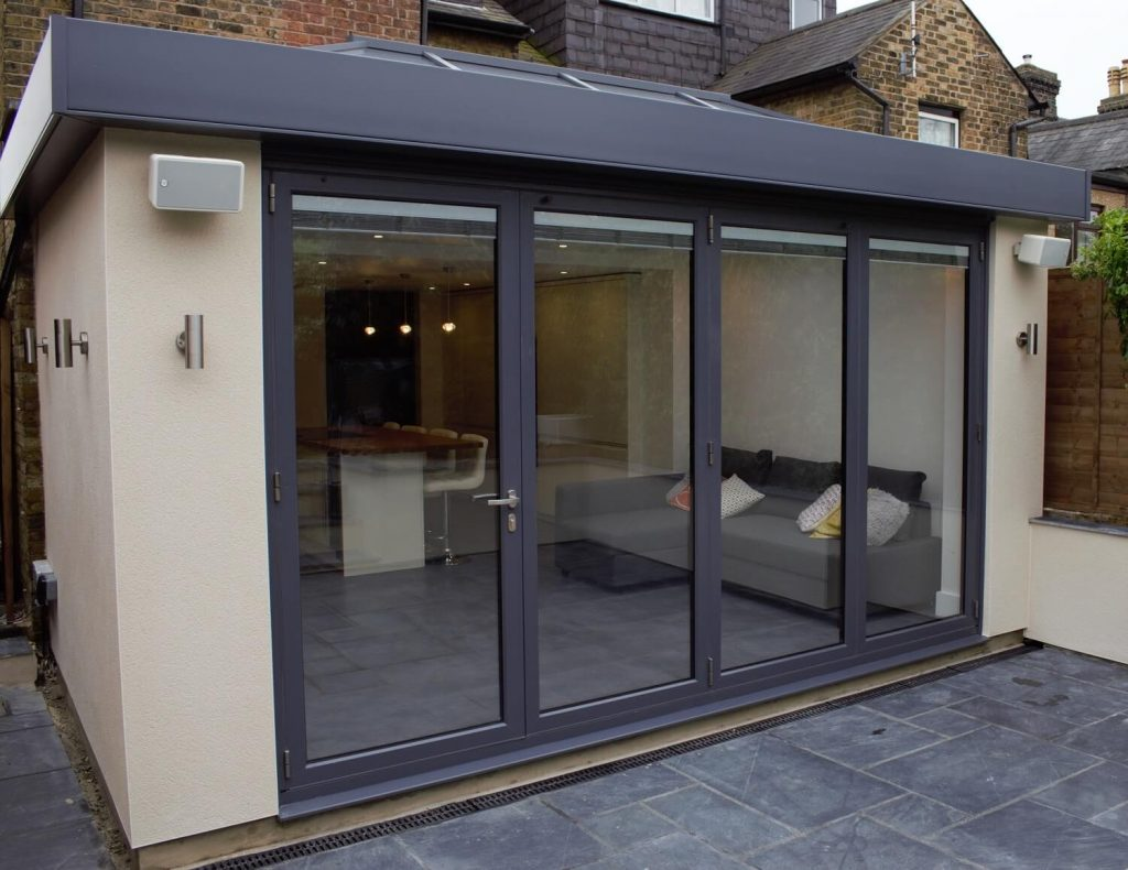 Images of modern orangeries - Skyroom orangery with box section